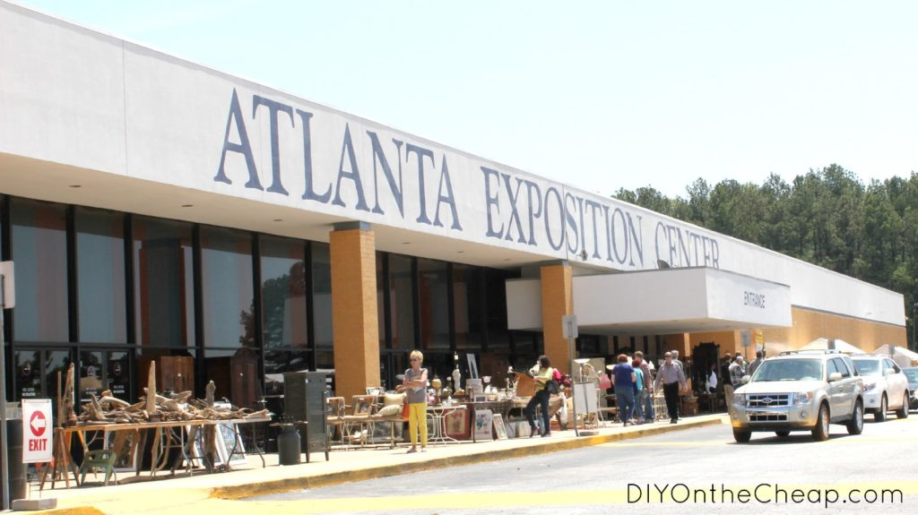 Biggest Flea Market in the united states Scott Antique Market Atlanta Exposition Center
